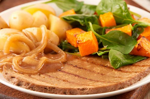 Gambardeli-meat-free-steak-with-grave